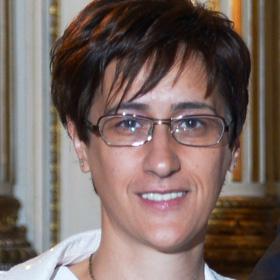Dr Sofija Stefanović